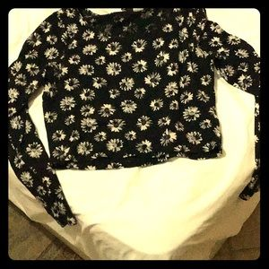 H&M Long sleeve daisies top